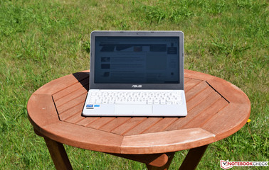 The Asus VivoBook E200HA in the sun