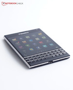 En análisis: BlackBerry Passport
