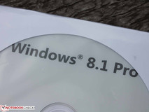 Toshiba Satellite Pro R50-B-112: Casi profesional - Windows 7 preinstalado y Windows 8.1 proporcionado en el envio.